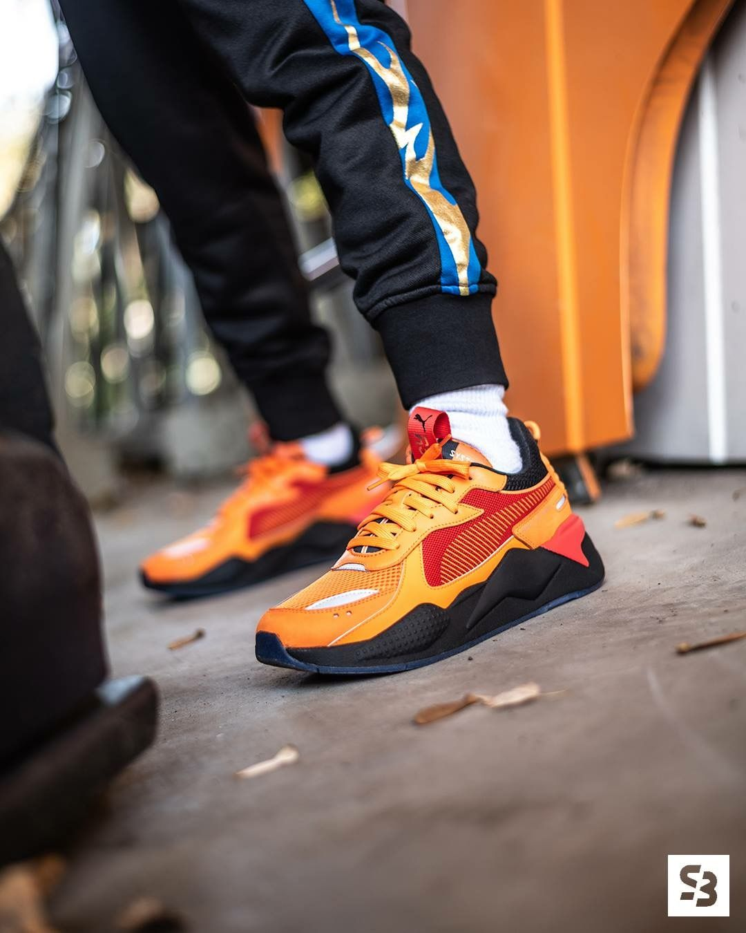 66bbb16e5c8 Hot Wheels x Puma RS-X