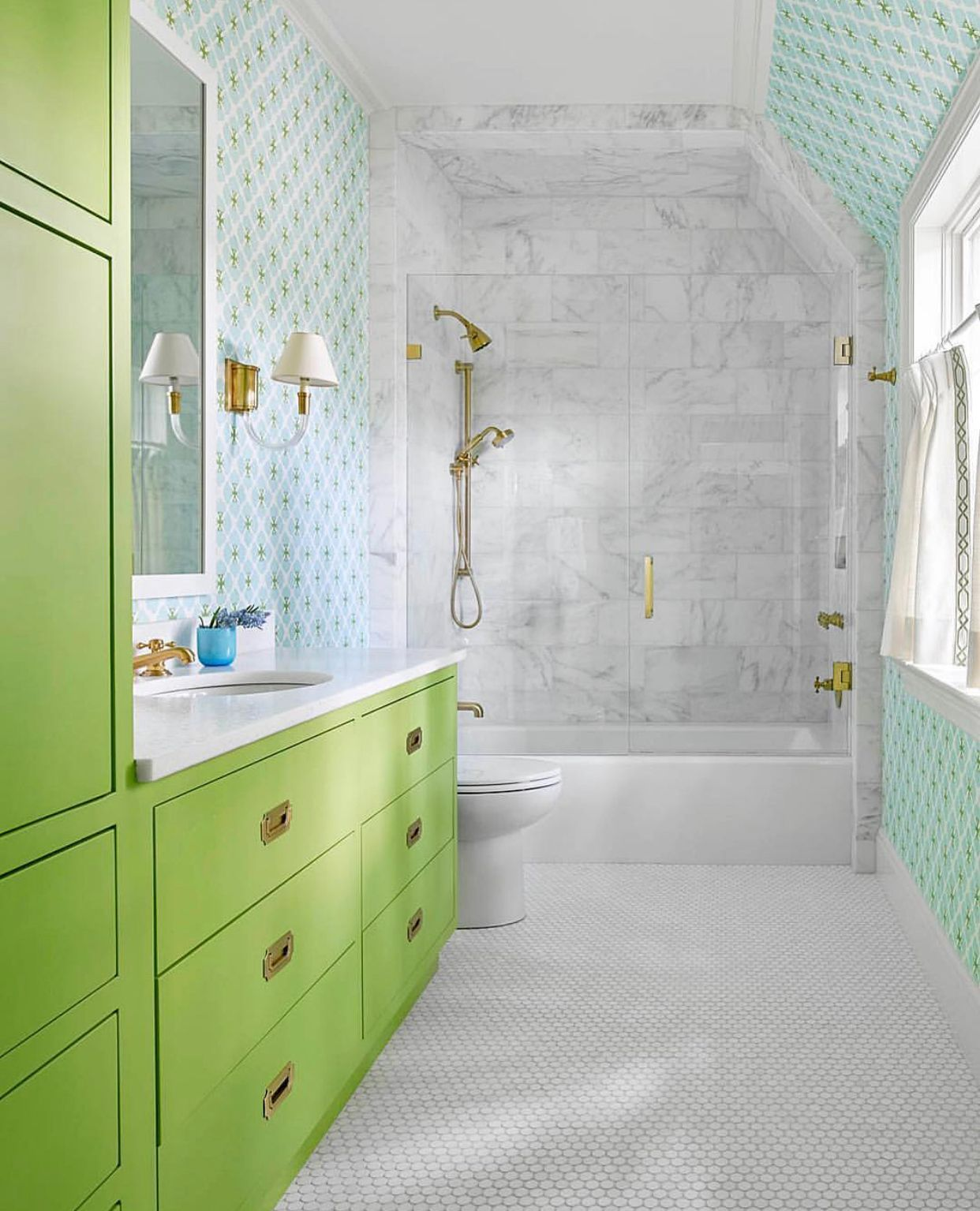 The Ultimate Happy Place Will Almost Always Have A Pop Of Color This One Just So Happens To Flaunt T Kids Bathroom Colors White Bathroom Designs Bathroom Kids