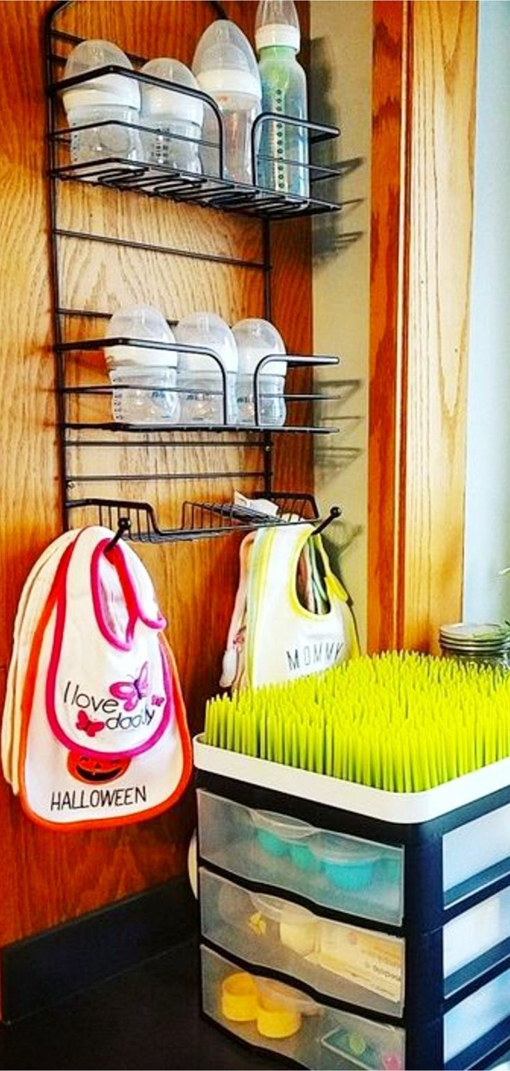 baby stuff #baby Organizing the baby stuff in my small kitchen. Lots of great ideas on this page!