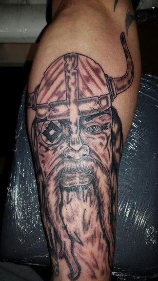wikinger nordmann odin hsv hamburg tattoo tattoos von. Black Bedroom Furniture Sets. Home Design Ideas