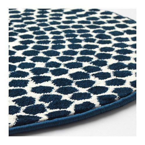 FLÖNG Rug, low pile, white, dark blue
