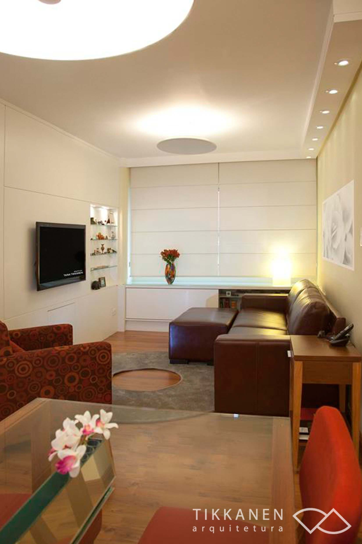 Projeto: Tikkanen Arquitetura - Foto Carol Coelho - Tapete : FIO SOBRE TELA - #tapetes #arquitetura #iluminação #poltrona #sala #interiores