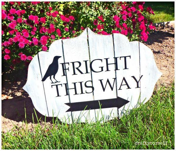 Fright This Way Sign ! A+ Pins Sharing Creativity Pinterest