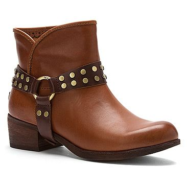 Daughter's Christmas Gift UGG® Australia Darling Harness found at #OnlineShoes