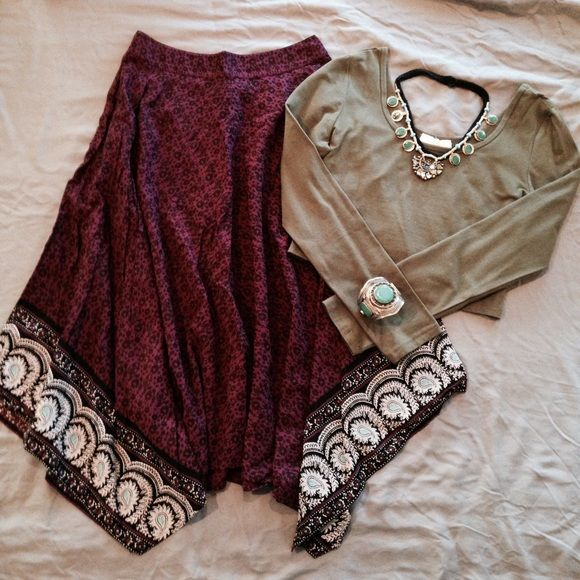handkerchief hem skirt [nwot] NWOT. Never Worn. Great Condition. Size S, can fit Medium. Elastic/smocked waist in the back. [ necklace & top are Not for Sale ] Measurements will be added soon. Not Modeling. No Hold. No Trades. Price is Firm. American Eagle Outfitters Skirts