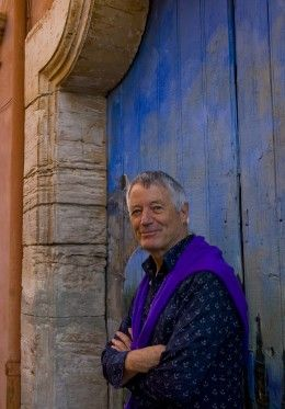 Kaffe Fassett: Fabric Designs - have been a fan for years, saw an exhibit of his knits in 1995.