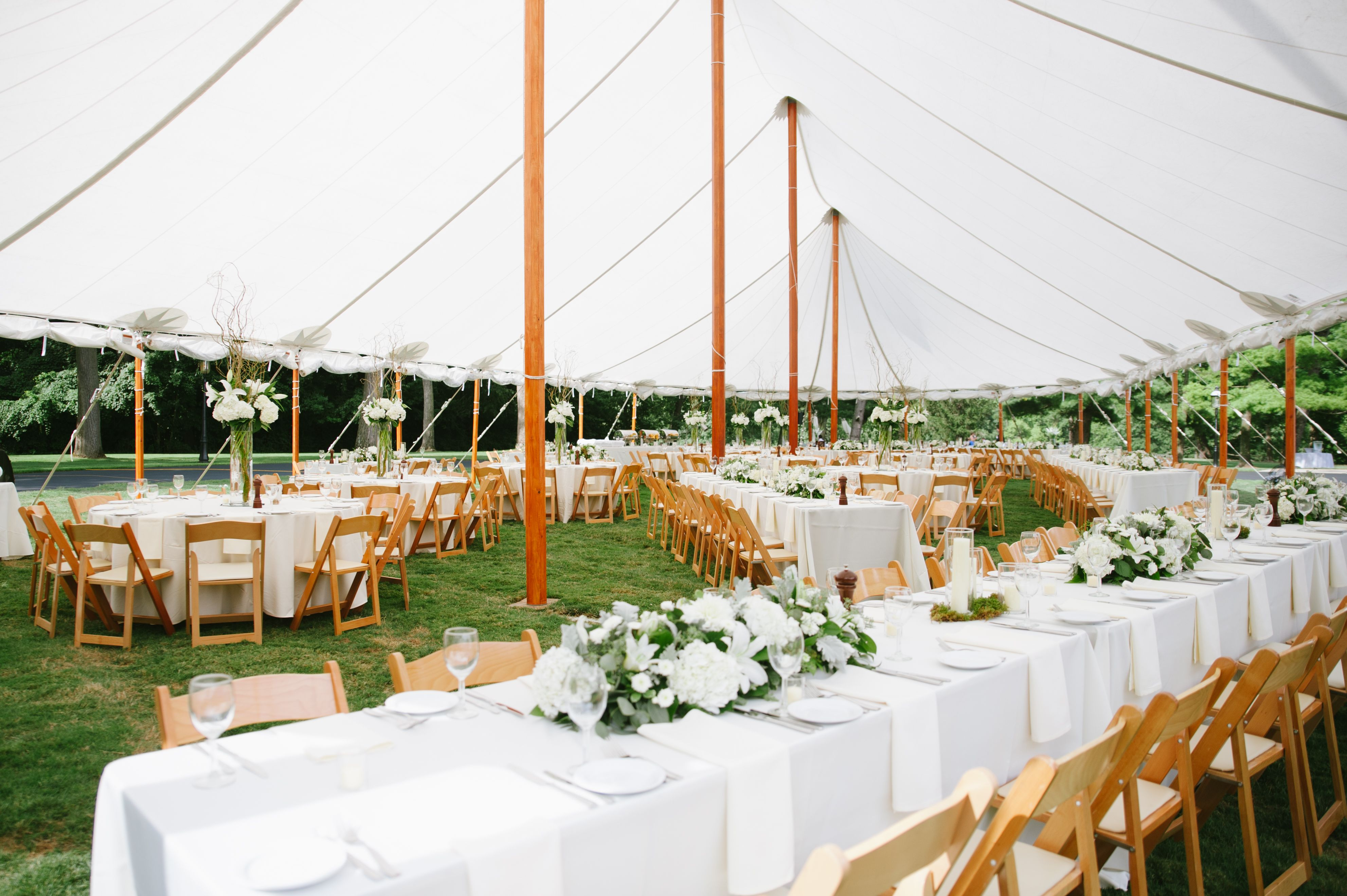 Columbus Country Club Is The Perfect Venue To Host A Tent Wedding Venue Columbus Country Club Photography Pho Tent Wedding Event Rental Country Club Wedding