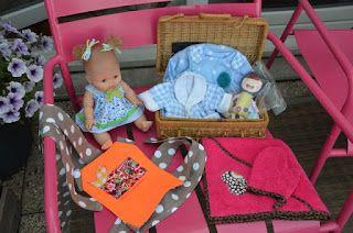 accessoires pour poupée : sortie de bain et porte bébé Blog de Miss SaCha : création, couture, bijoux, peintures ... Made in Grenoble