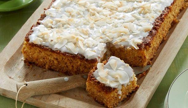 Lækker bradepandekage med fersken og kokos | Sweets & Cakes | Pinterest | Mad, Danish food and ...