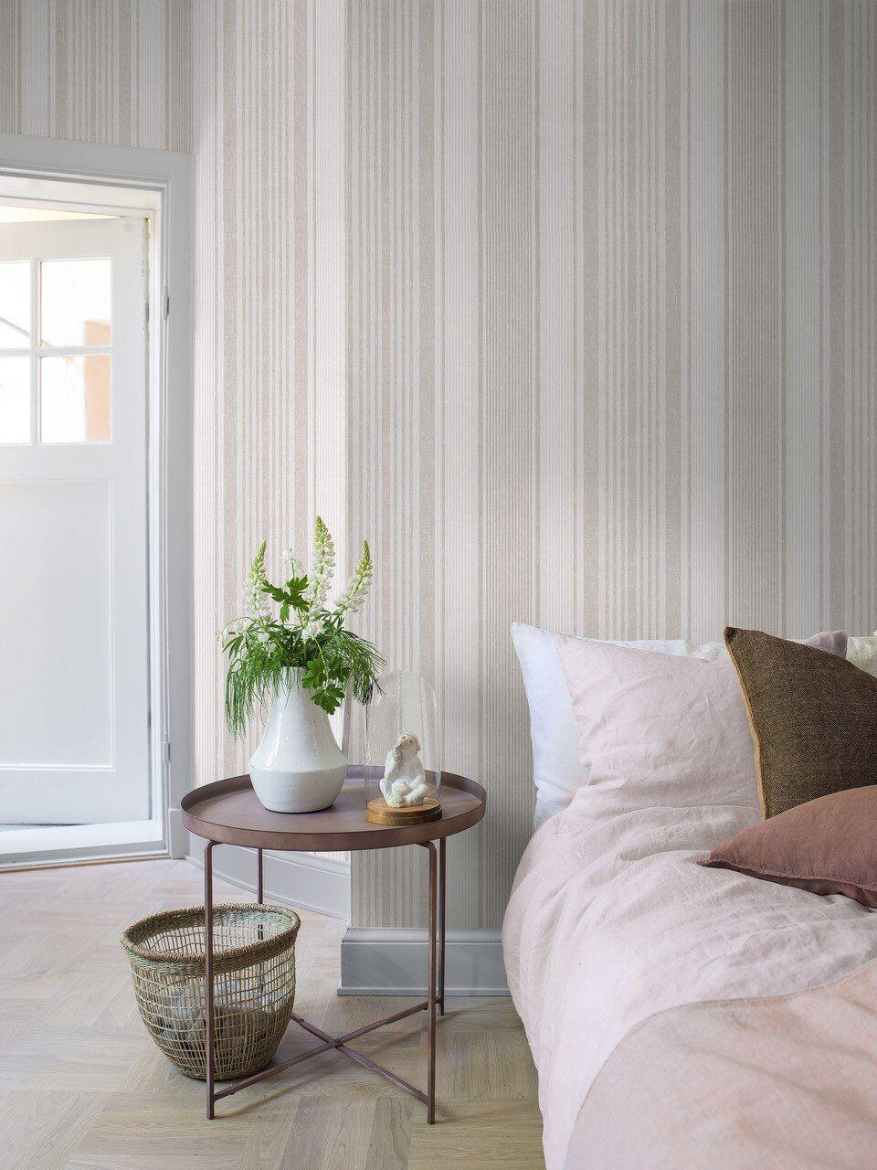 Linen stripe beige / ivory Grey and white wallpaper