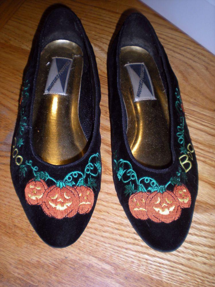 523706448a0 Vintage Mootsies Tootsies Black Orange Velvet Halloween Pumpkins Flats Shoes  10…