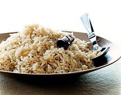 Cinnamon-Spiced Rice / Romulo Yanes