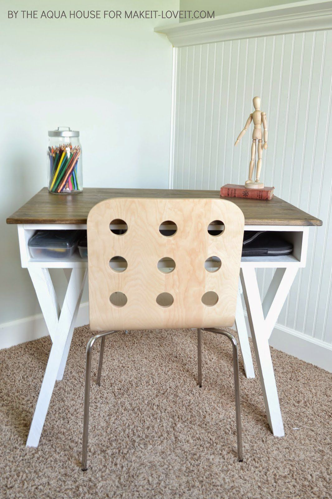 DIY Farmhouse Modern Desk…with open front storage cubby