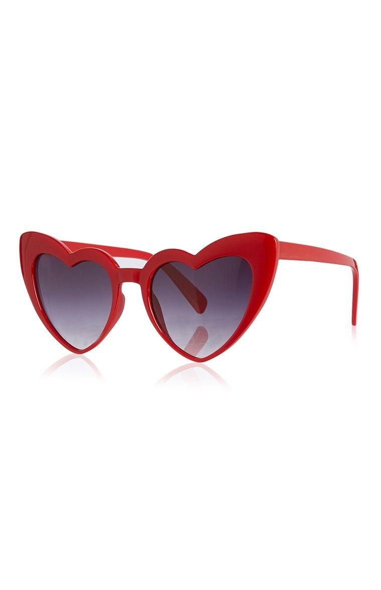 5e2f5110b14e Primark - Plastic Love Heart Sunglasses
