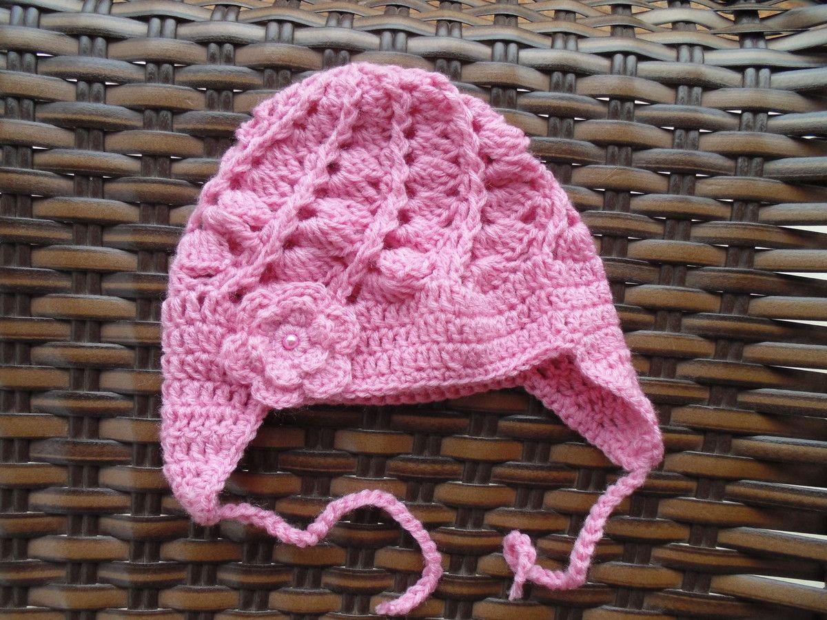 Touca para deixar sua bebê bem quentinha.  br Feita em crochê com lã ... 4af71e5f3b1