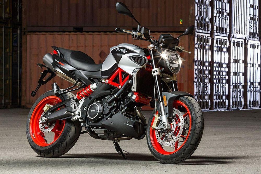 Eicma 2016 New Motorcycle Aprilia Shiver 900 2017