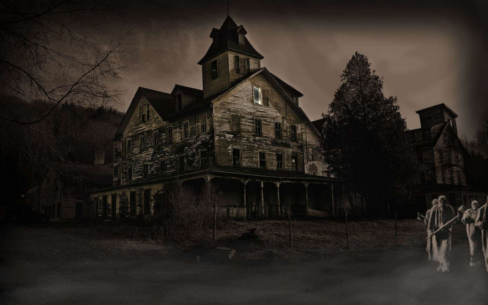 Haunted House Halloween Wallpapers 4k Full Hd Mobile Desktop Everesthill Com Halloween Haunted Houses Halloween Wallpaper Haunted House