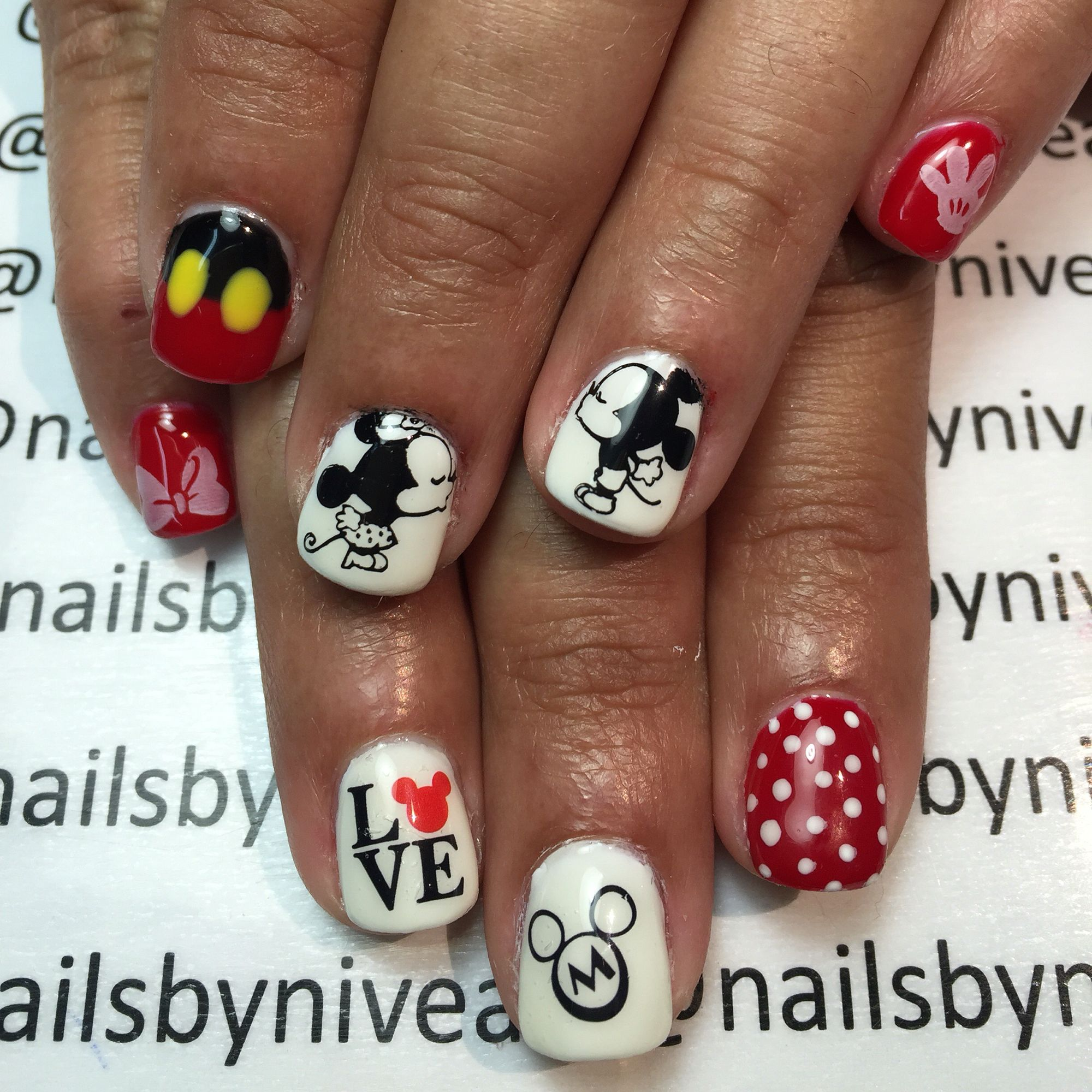 Disney Gel Nail design by nailsbynivea | Nails | Pinterest