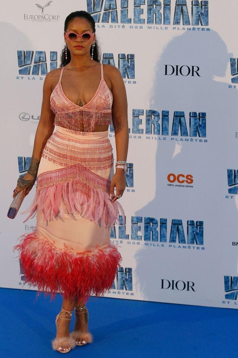 Yellow dress rihanna  Rihanna Just Wore Her Third Killer Red Carpet Outfit in a Week