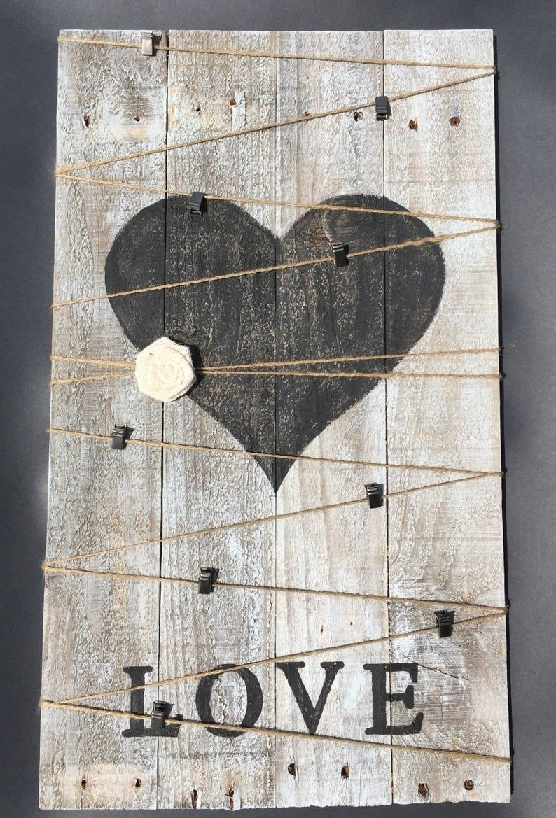 Rustic Heart Pallet Pallet Heart Rustic Heart Love Heart Wall Hanging Picture Hanging Heart Hanging Heart Decor Valentine S Day In 2020 Pallet Heart Wooden Hearts Heart Decorations