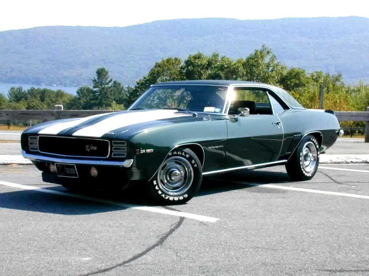 1969 z 28 rs green with black vinyl top white stripes [ 1200 x 900 Pixel ]