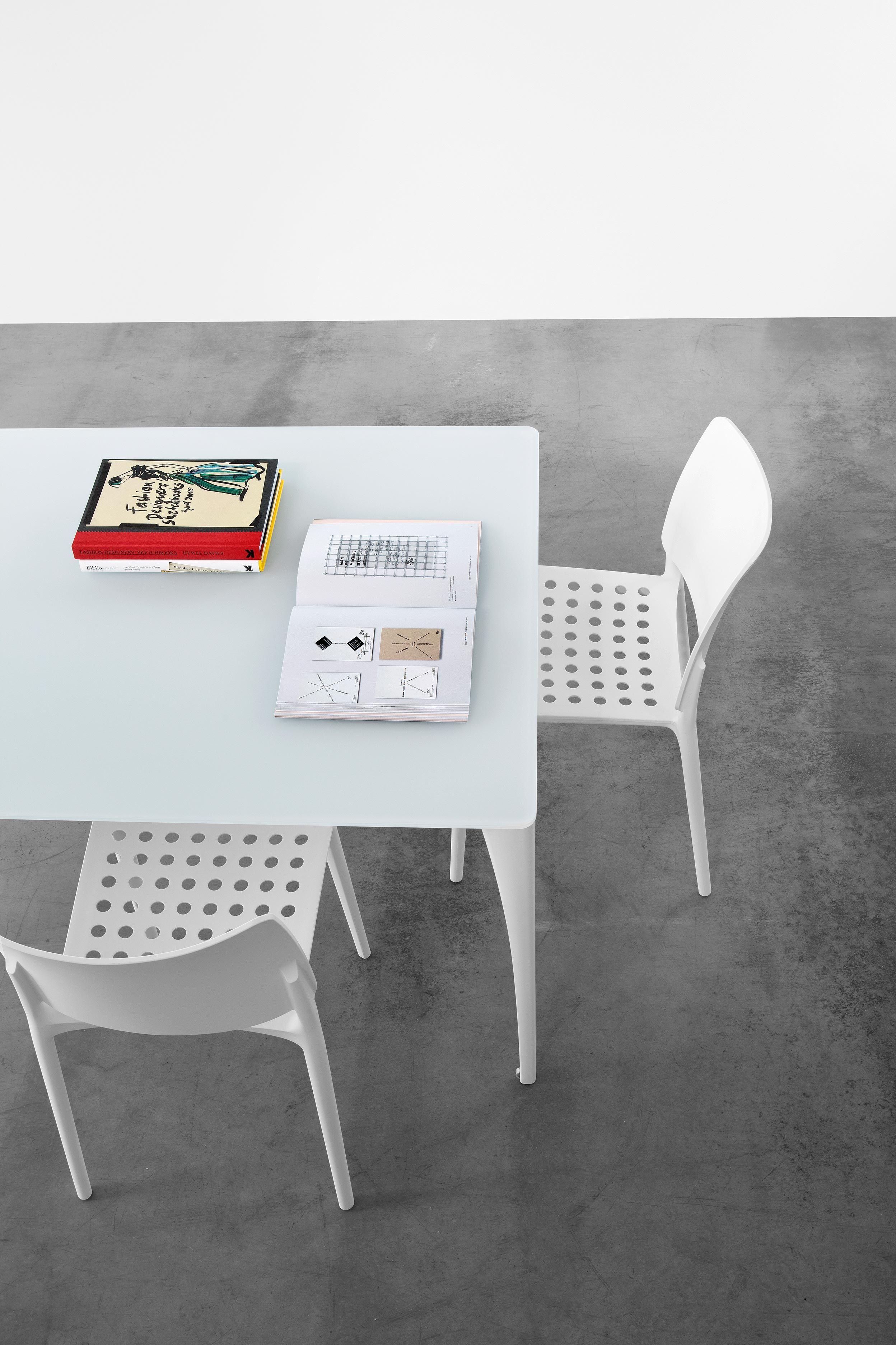 topdeq office furniture. olivia stapelstuhl für konferenzraum, meetingraum, wartebereich von rexite, raul barbieri topdeq - büromöbel \u0026 -accessoires! | tes 2013 office pinterest furniture