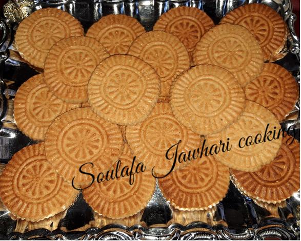 كعك العباس بالصور من Soulafa Recipe Cookies Desserts Food