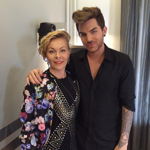Wow! Mtv Viihde tapasi Adam Lambertin! Kohta hän nousee Live Aid-lavalle Stadikalla!  Tänä iltana myös Lambertin haastattelu www.mtv.fi/viihde #mtvviihde #viihteellä #liveaidsuomi #superstar @adamlambert