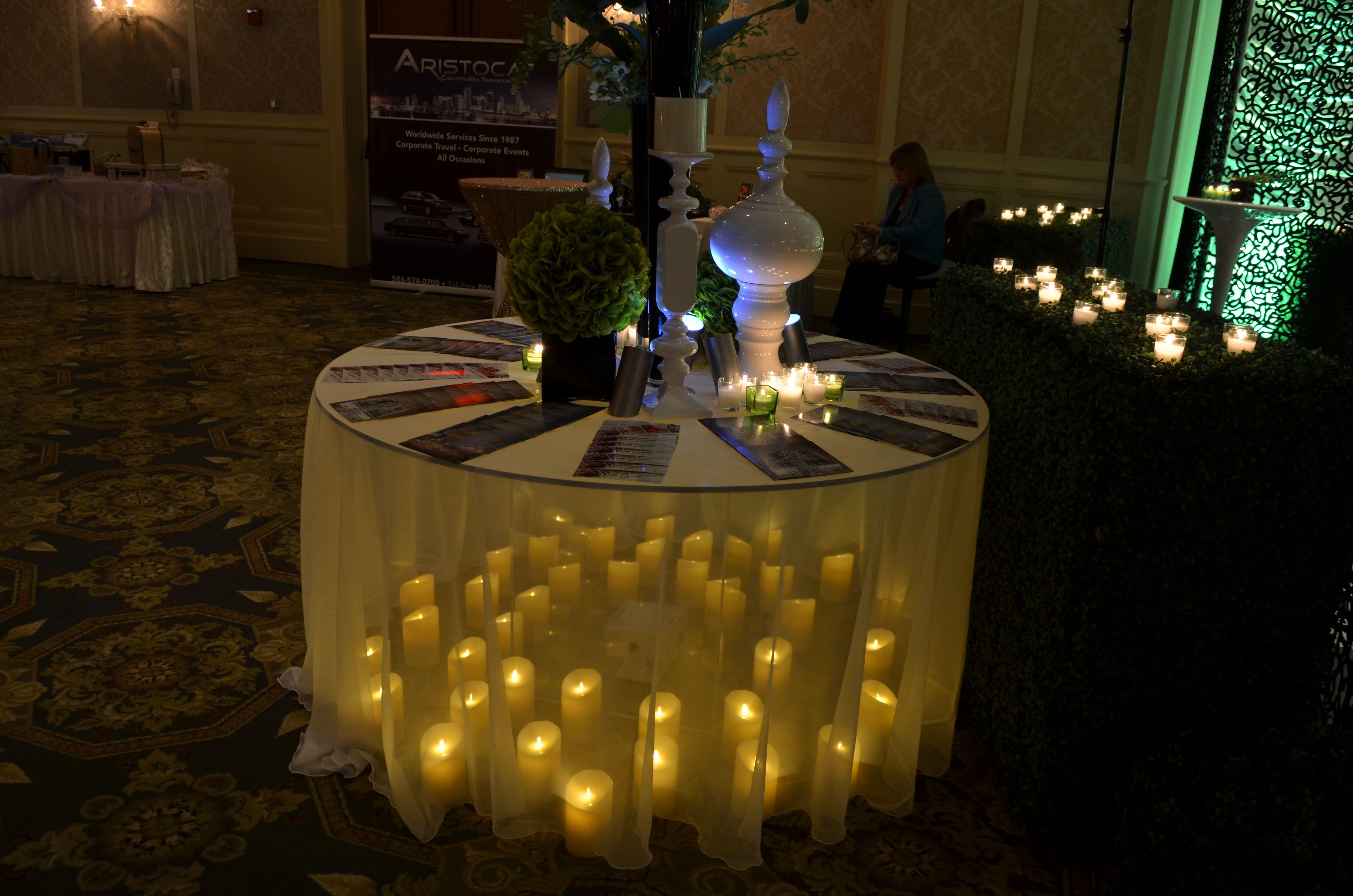 Candlelit Table Decor - #candlelight #candlelit #tabledecor #weddingdecor #MichiganWeddings #ColonialEvents