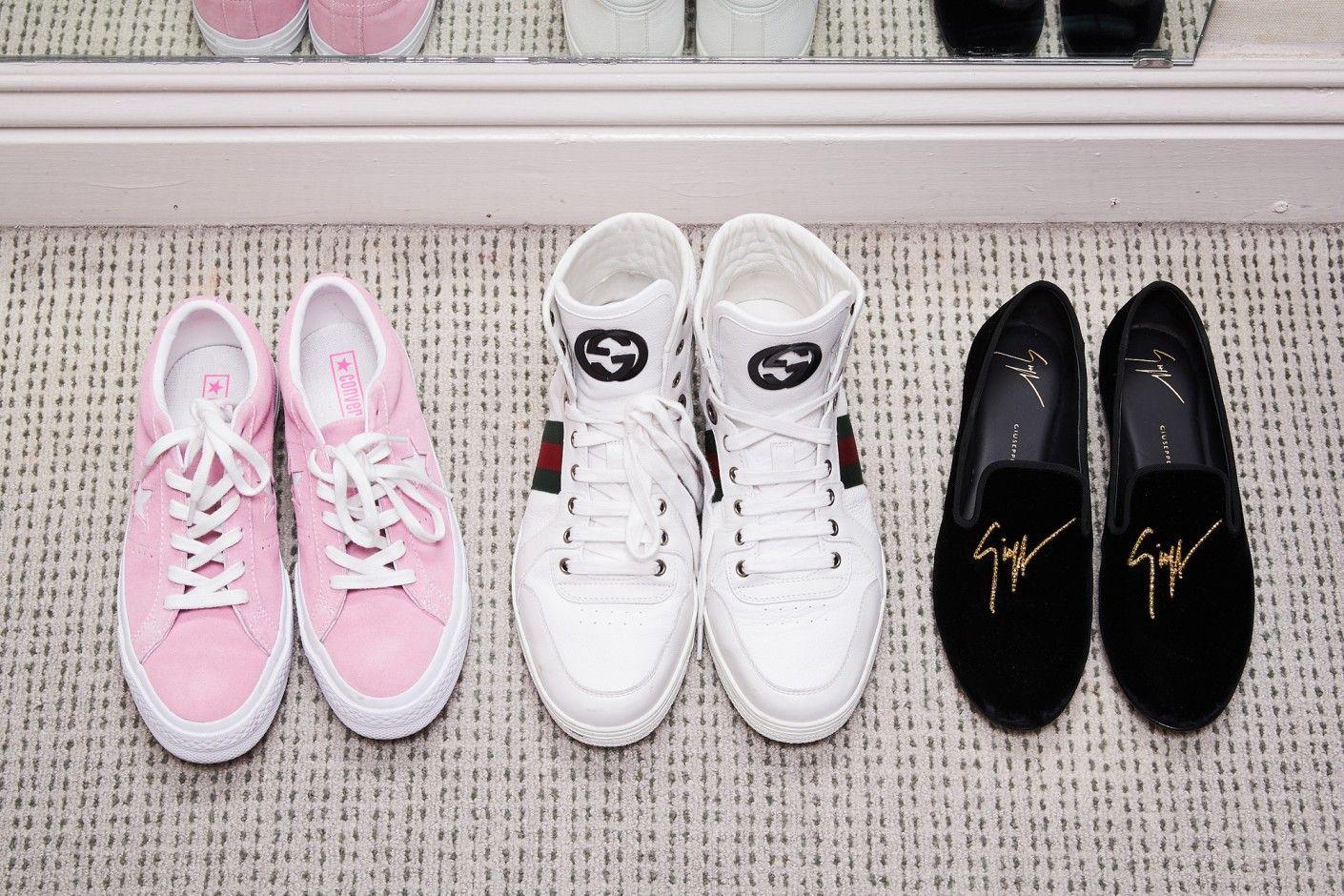 noah schnapp sneakers