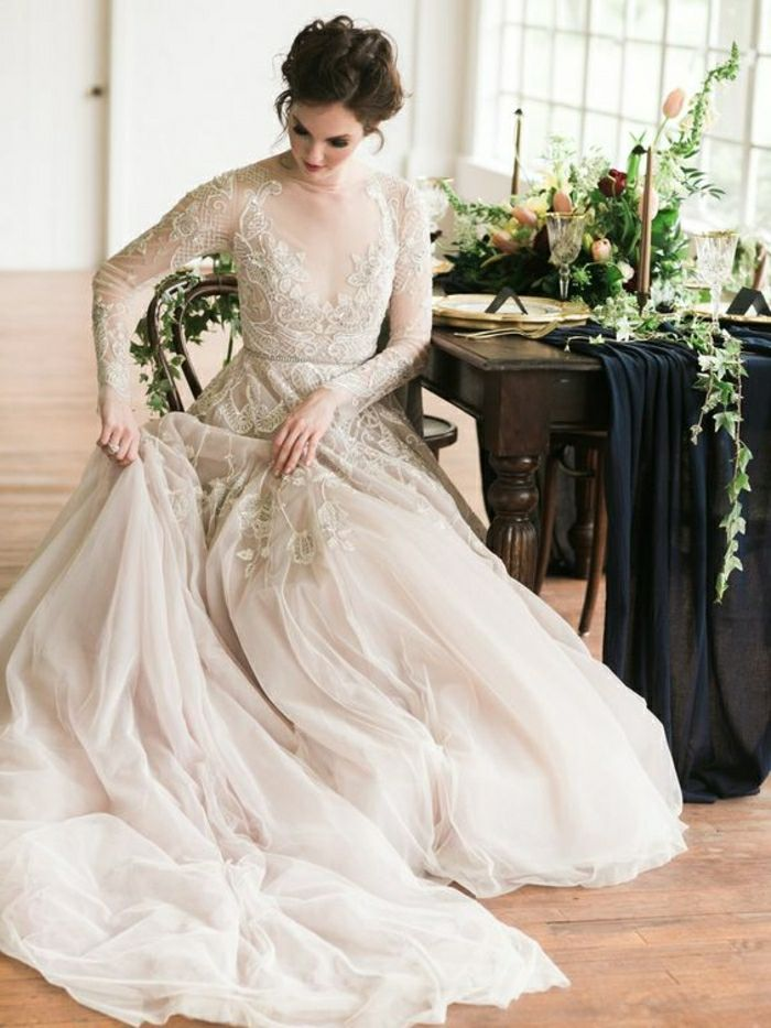 81d3866d0126 ▷ 1001 + Ideas for Vintage Wedding Dresses to Fall in Love With ...