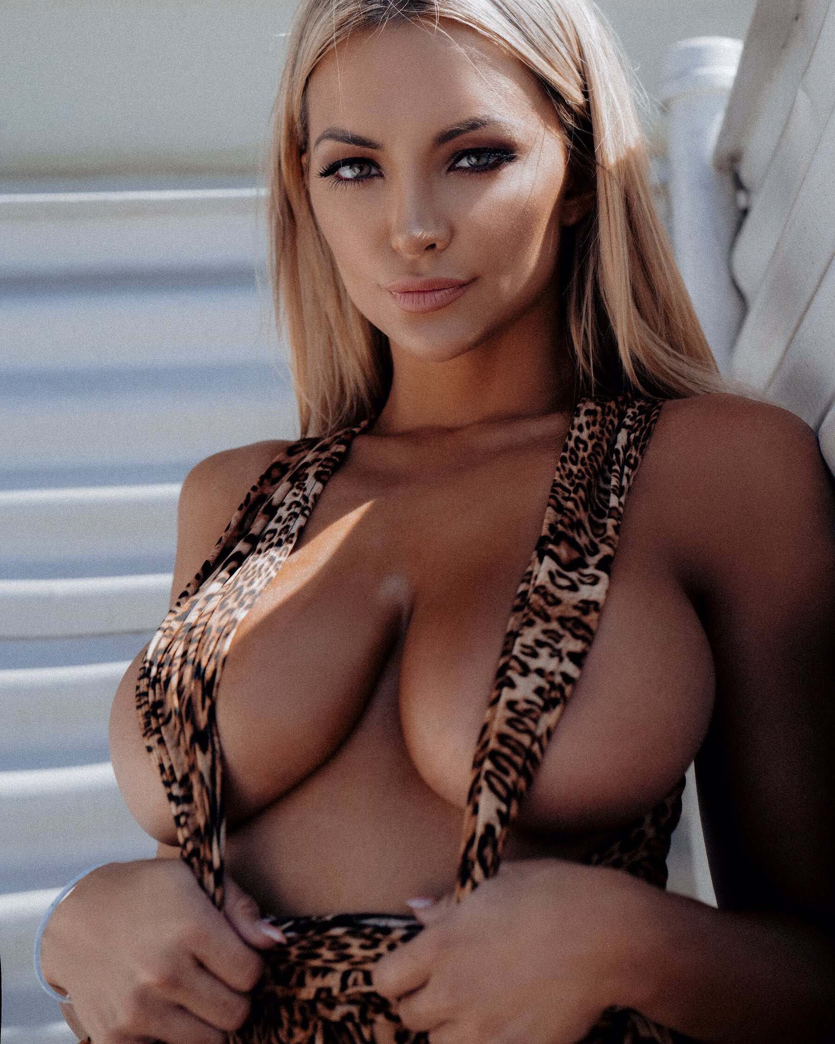 Lindsey Pelas Wet Boobs - 7 Photos Video nudes (48 photo), Sexy Celebrity fotos