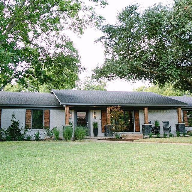 From a dated ranch style house to a #rusticmodern home #fixerupperfavorites HGTV…