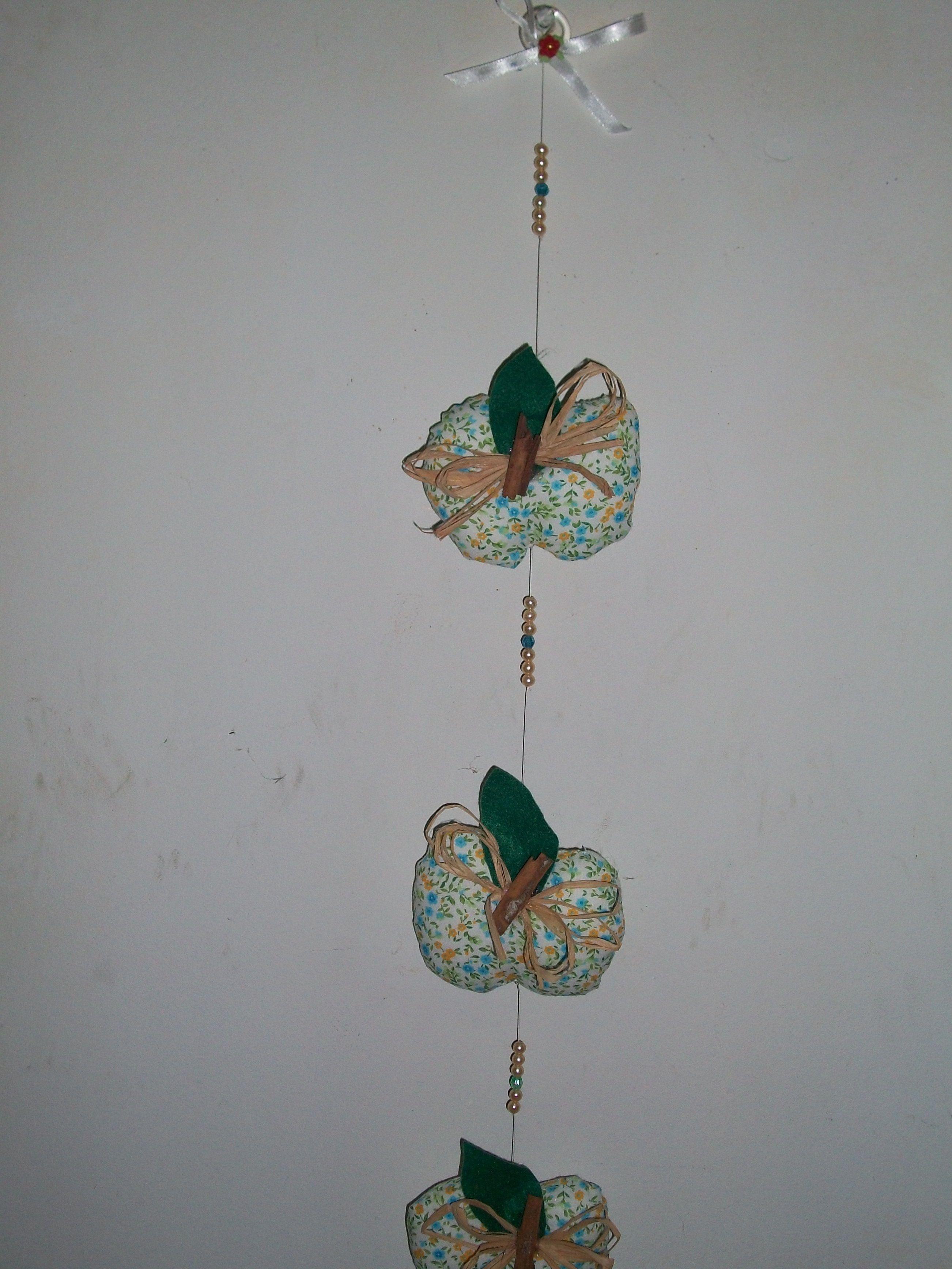 Móbile Maçãs Azul - Preço: 12,00