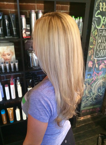 Perfect Pale Blonde Wheat Color Highlights On Long Layered Haircut