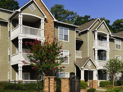 Highland Lake Apartments Pet Friendly Apartments Decatur Ga Apartment Pet Pet Friendly Apartments House Styles