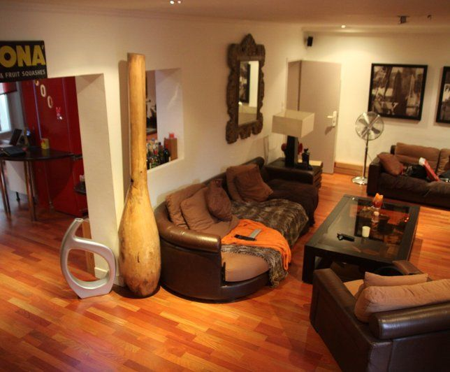 D co appartement style africain for Photo salon dappartement