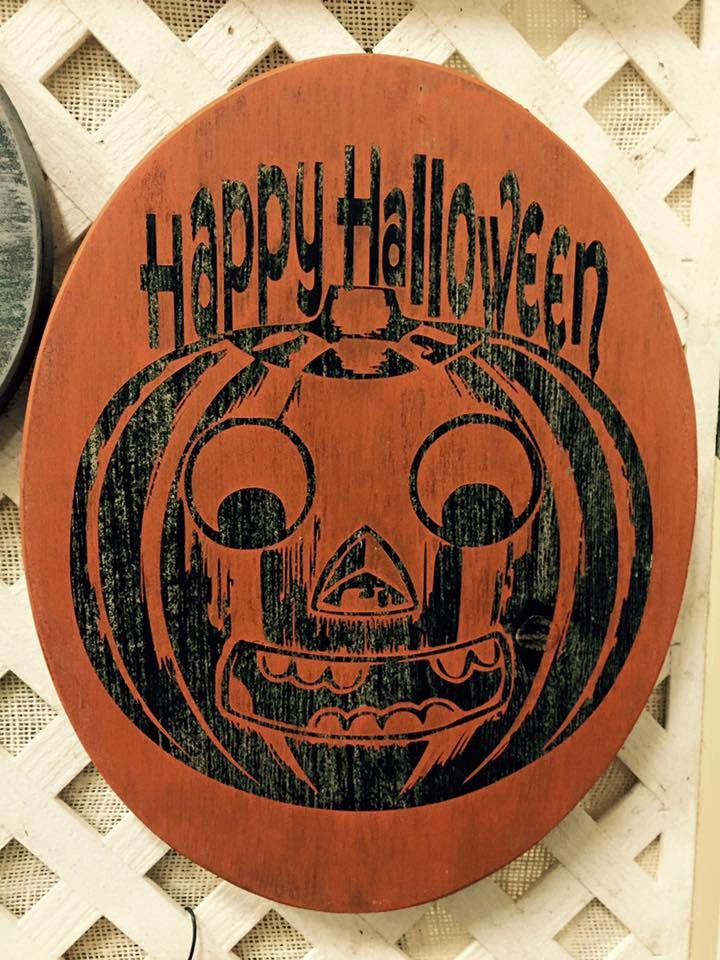 """Oval 14 x 11"""" Wooden Vintage Happy Halloween Sign by jammyjanedesigns on Etsy"""