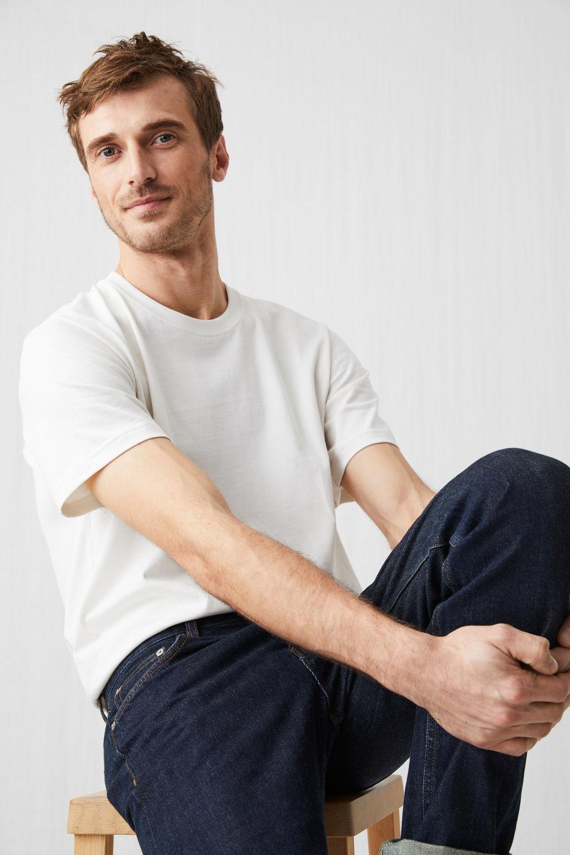 e207320f83c9d8 Heavyweight T-Shirt in 2019 | Products | Shirts, T shirt, Arket