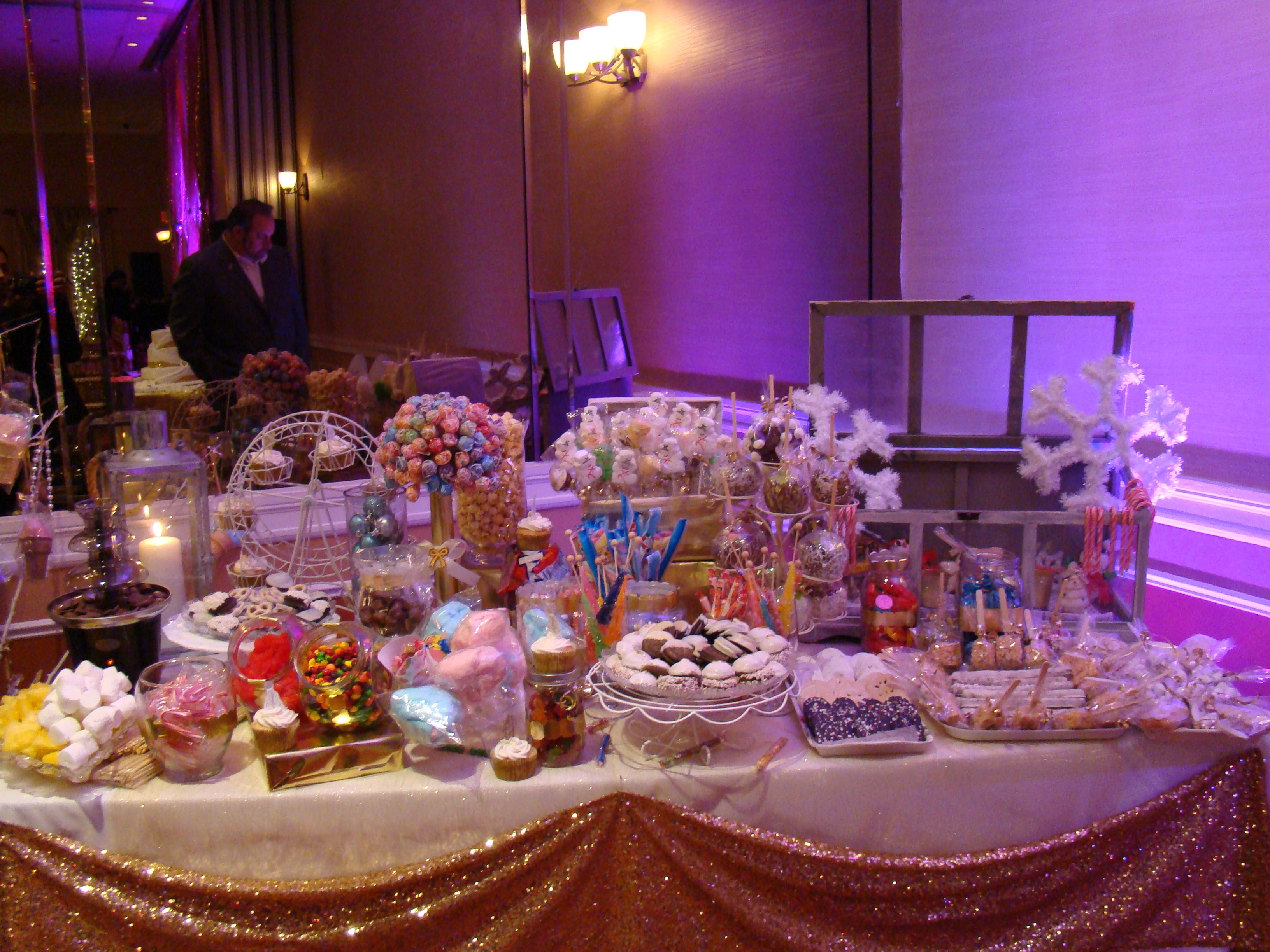 Yummy Treats, Choco;ate apples,Marshmallow 'Treats, Cotton candy tree,Lollpop treats,Oreo Chocolate Cookie treats.and much more...