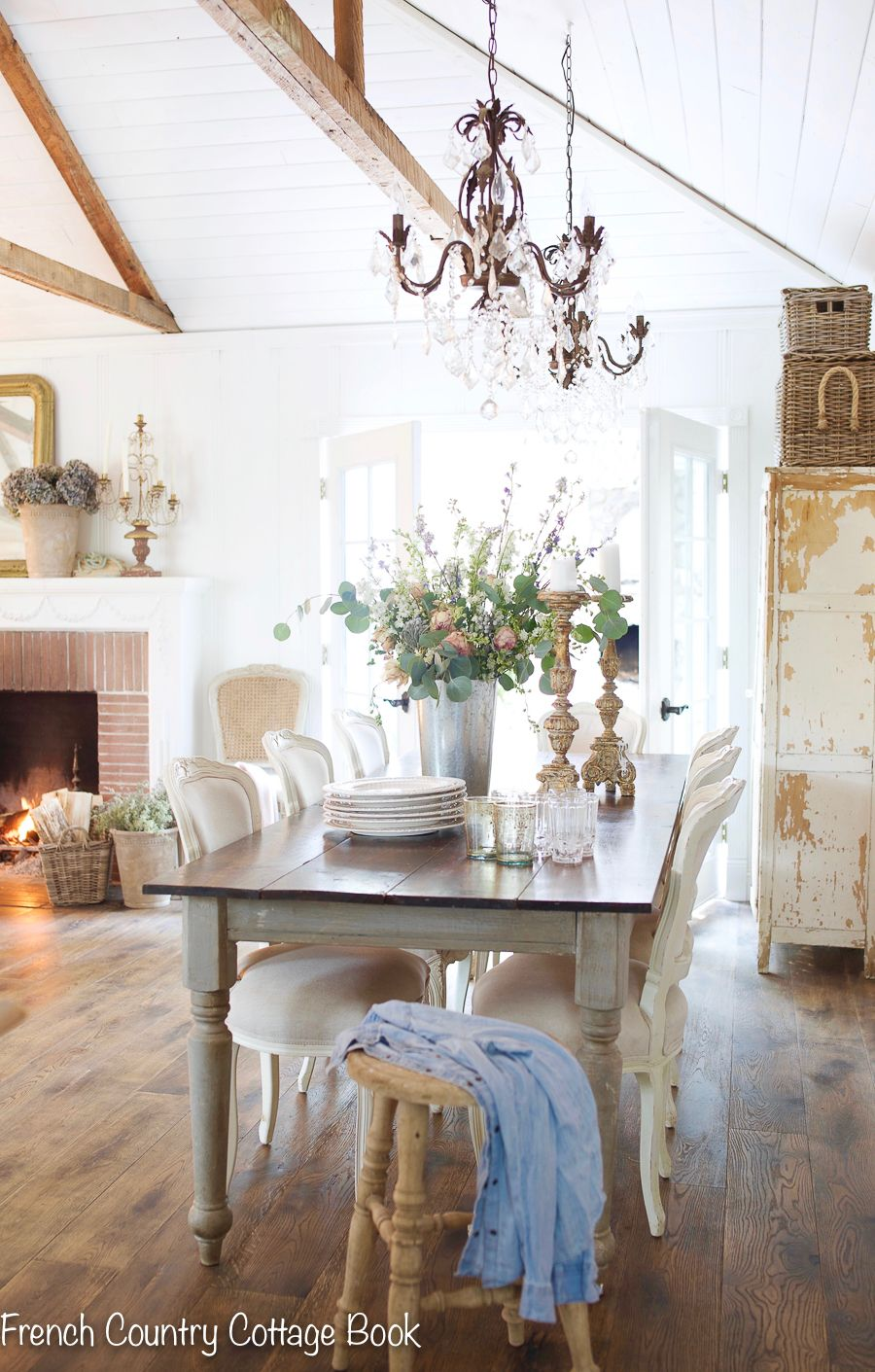 7 ways to use charming benches & stools in your home | French Country Cottage | I love using vintage chippy stools and benches for displaying treasures, flowers and vintage home accessories. In this blog post, I'm sharing how I decorate with benches and stools and where to shop for them. #frenchvintage #shabbychic