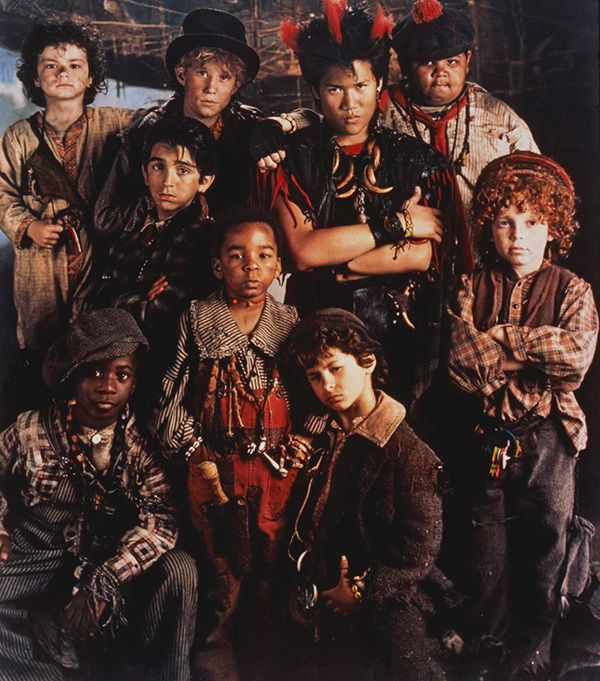 Hook': Lost Boys Reunite To Celebrate 25th Anniversary — Epic Pics | Lost  boys peter pan, Lost boys costume, Lost boys