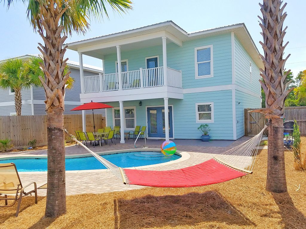Home private pool free 6 seat golf cart