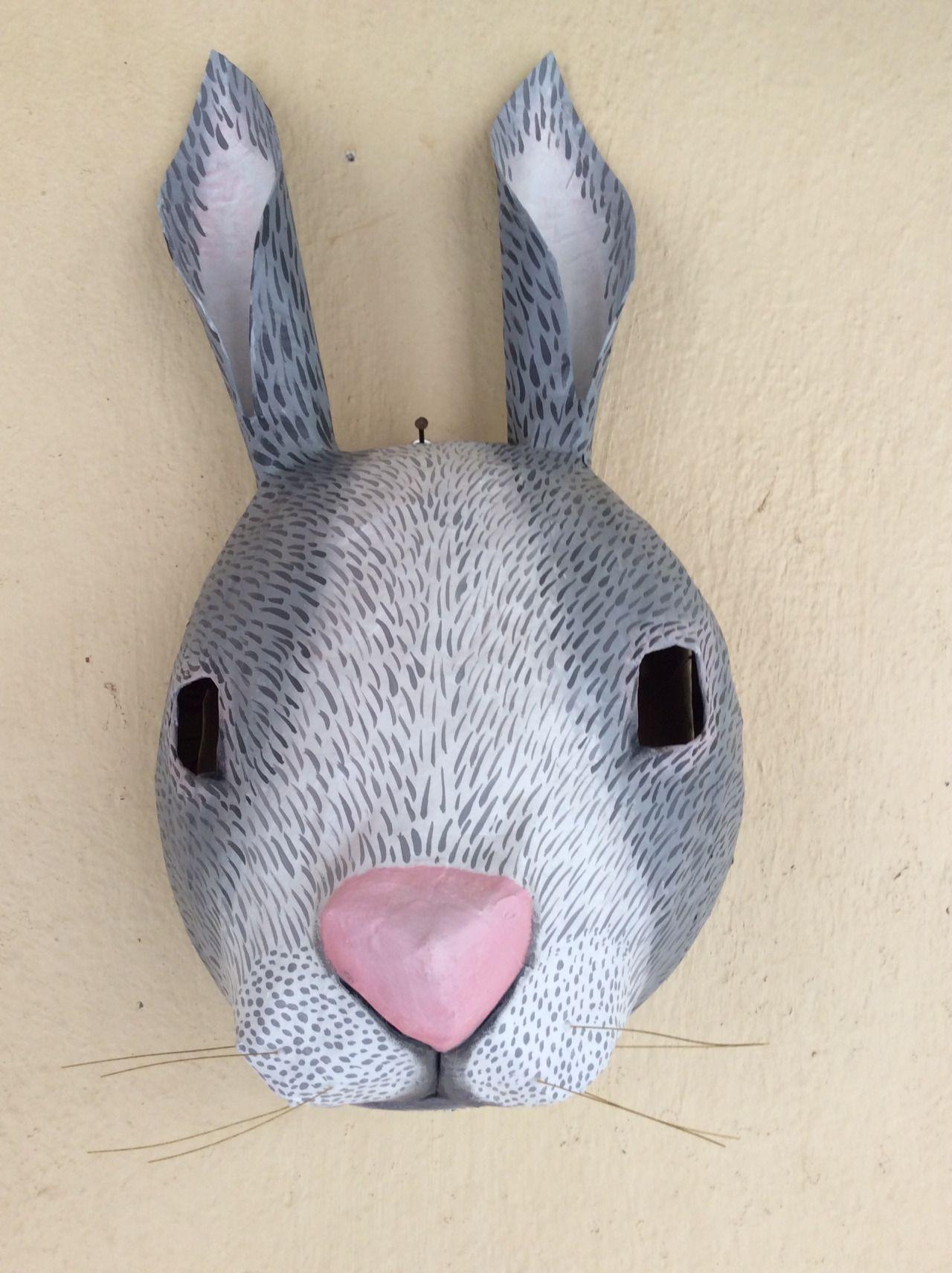 conejo hecho a mano, sobre globo y papel - diy home | hecho a