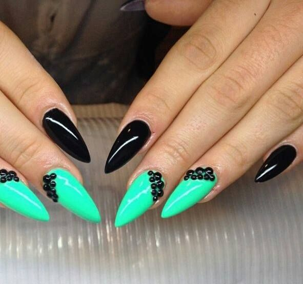 Mint And Black Stiletto Nails 3 Mint Green Nails Pointy Nails Green Nails