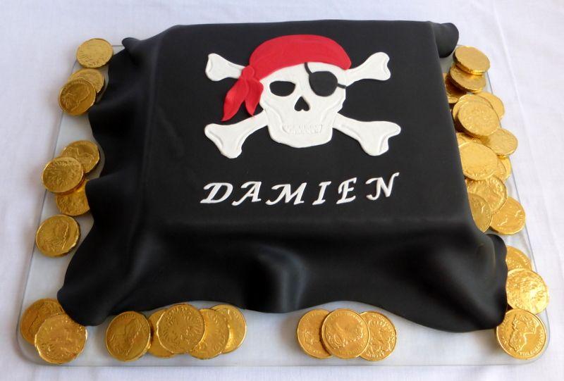PiratenFlagge Kuchen  Piraten Geburtstag  Pinterest  Kuchen Piraten und Flagge kuchen