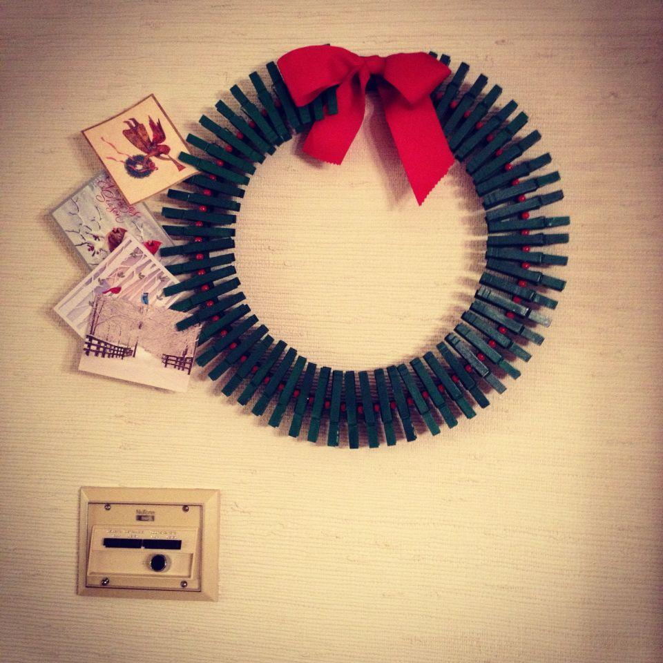 Clothspin card wreath