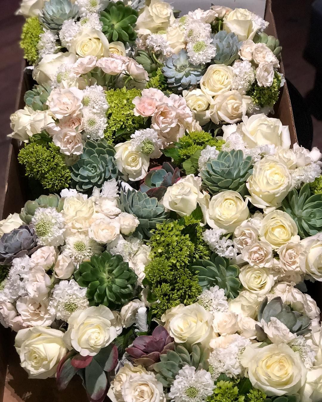 White Flowers With Succulents Wedding Centerpieces And Wedding