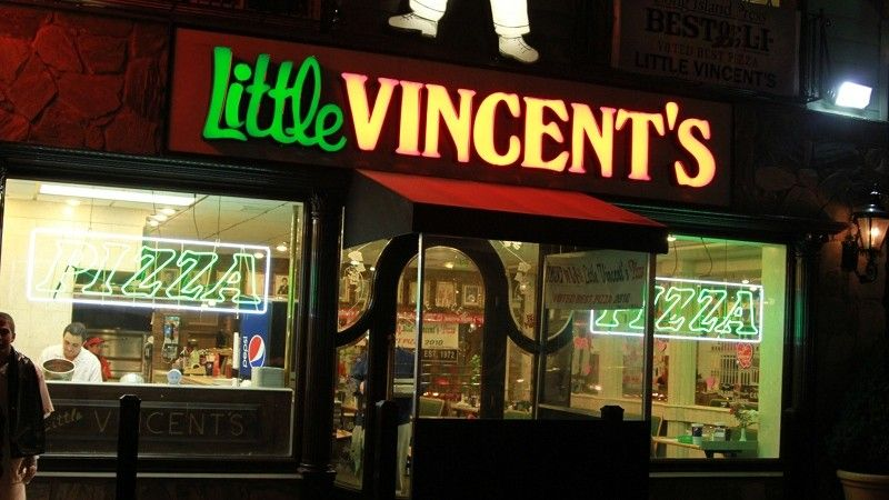 Little Vincent S Pizza In Ronkonkoma Long Island Ny Towns Long Island Ny Lake Ronkonkoma Long Island