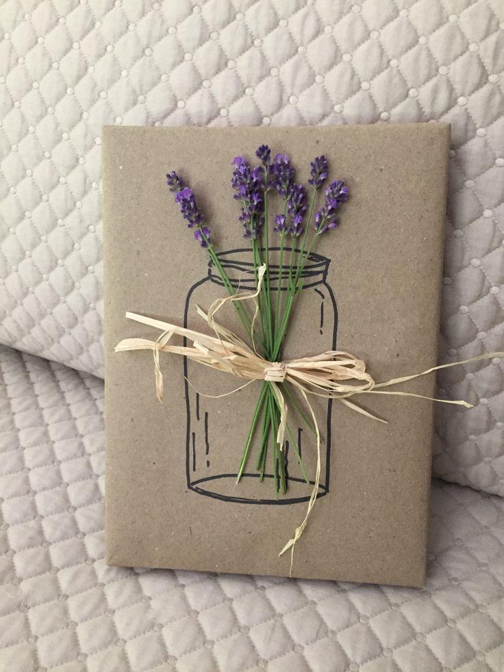 Geschenke mit Lavendel verpacken #geschenkeverpacken